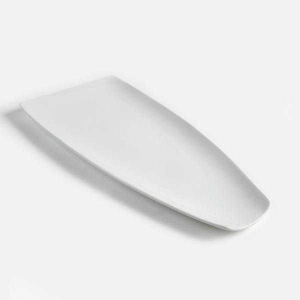 צלחת לבנה מלבן מתרחבת