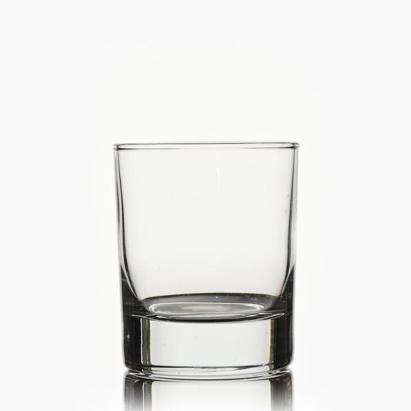 כוס ויסקי צרה
