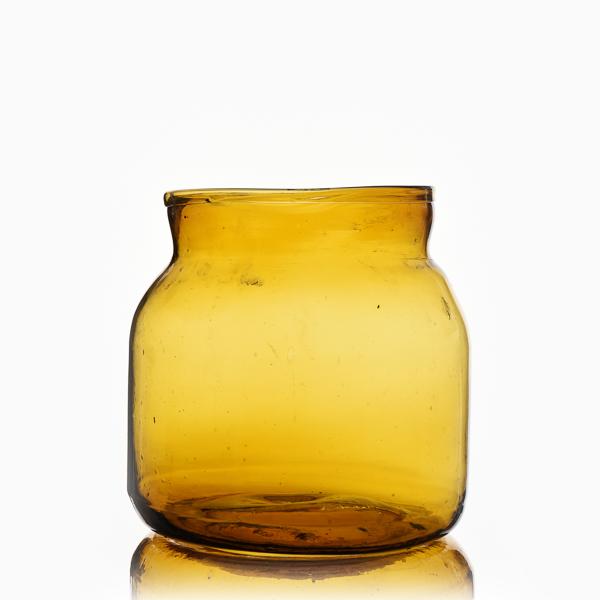 צנצנת זכוכית צהובה קטנה