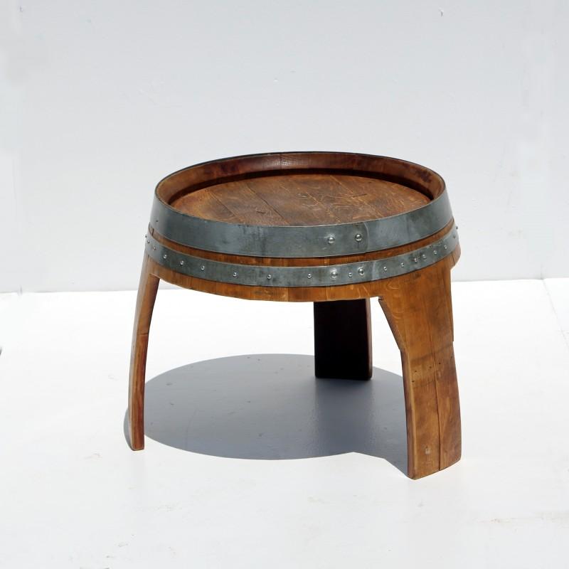 שולחן חבית נמוך לישיבה אלטרנטיבית