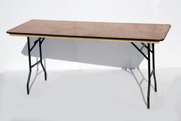 שולחן עבודה – רגליים מתקפלות